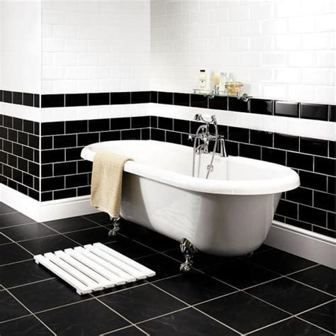 Black And White Themed Bathroom by Decorating Ideas For A Monochrome Bathroom