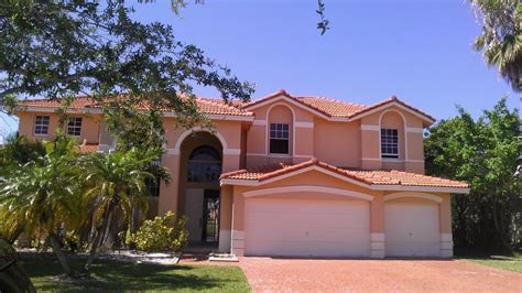 unique exterior house paint colors florida exterior house colors marceladick
