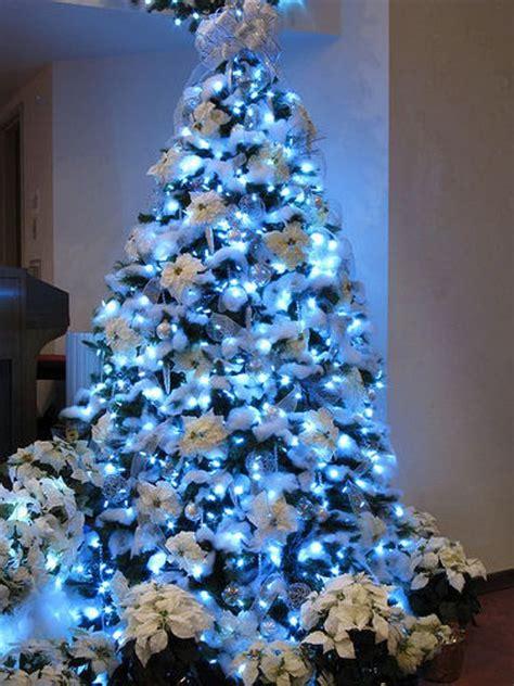 weihnachtsbaum dekoration 30 traditional and tree d 233 cor ideas