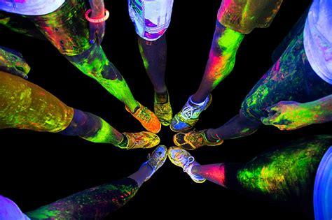 glow in the paint durban the durban neon run it s sa s time spectacular run