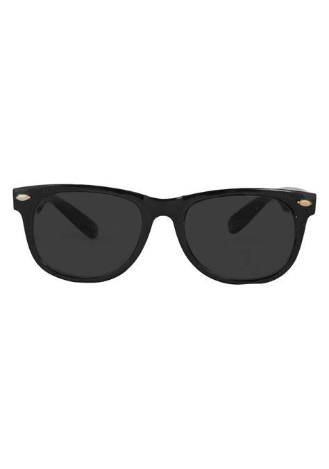 with glasses blues glasses black