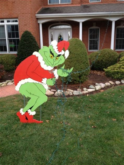 lawn decorations outdoors the grinch yard and outdoor decorations