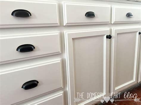 diy white chalk paint kitchen cabinets chalk paint vs paint for kitchen cabinets diy