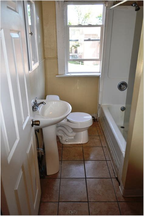 bathroom remodeling ideas for small spaces bathroom design ideas for small spaces small spaces