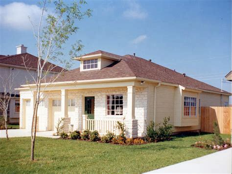 small one story house plans small one story house plans small one story houses
