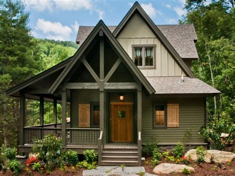 exterior paint colors lake house best 25 cabin exterior colors ideas on