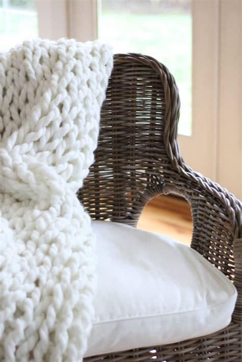diy knit rug diy chunky knit throw and rug zevy