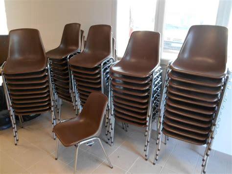 lots de chaises d occasion table de lit