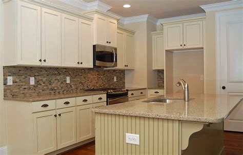white kitchen cabinets with granite countertops white kitchen cabinets and granite quicua