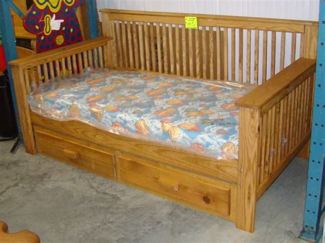 daybed woodworking plans daybed with storage woodworking plans image mag