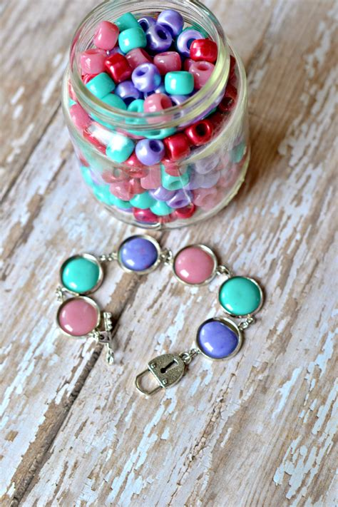 how to make melted bead the of melted pony bead jewelry