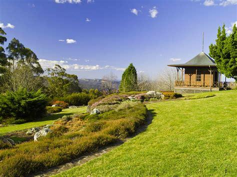 mt tomah botanic garden in the blue mountains the season of sydney