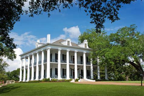 plantation house plans 40 plantation home designs historical contemporary