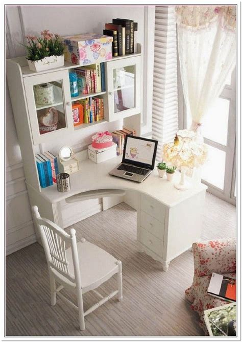 corner bedroom desk 25 best ideas about small corner desk on desk