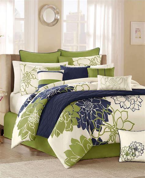 comforter set green black sandals macys bed in a bag