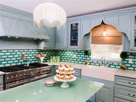 best paint to paint kitchen cabinets best way to paint kitchen cabinets hgtv pictures ideas