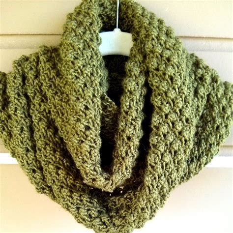 free knitting patterns neck warmers cowls 259 best images about crochet knit cowls scarves