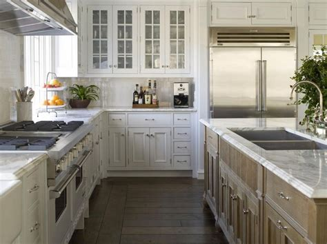 island shaped kitchen layout best 25 kitchen layouts with island ideas on