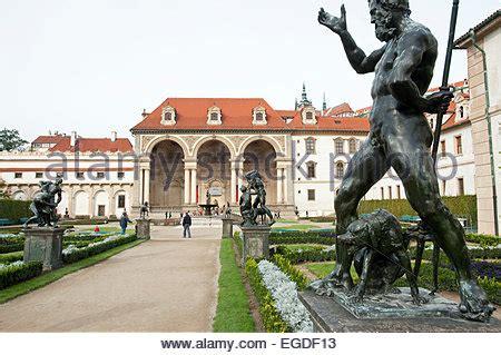 Der Garten Tschechischer by Wallenstein G 228 Rten In Prag Tschechien Stockfoto Bild