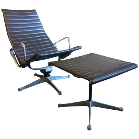 eames lounge chair vintage early vintage eames aluminum lounge chair and