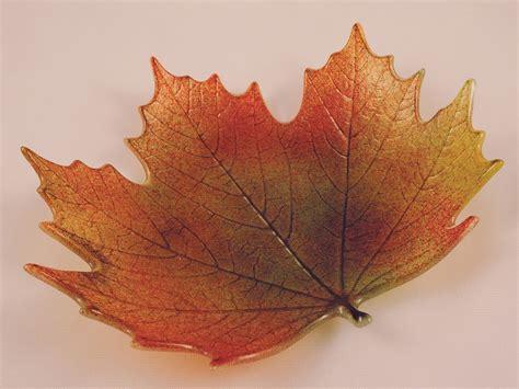 glass leaf northwoods maple leaf mold glass
