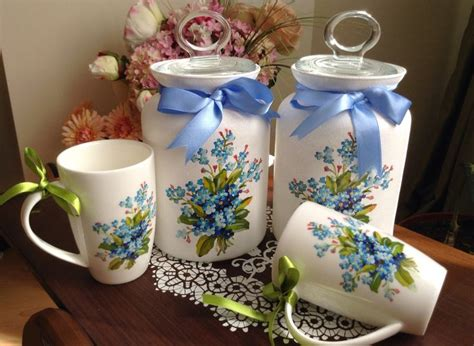 decoupage on plastic containers 25 best ideas about decoupage jars on