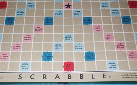 what is scrabble vintage scrabble board green back