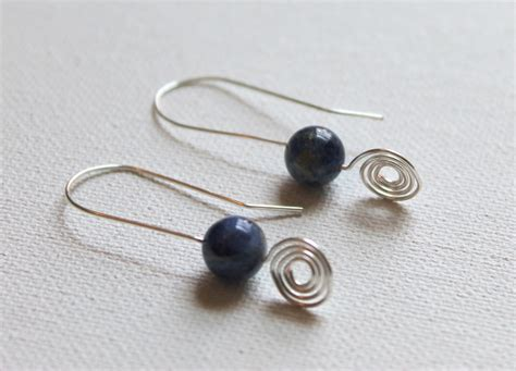 how to make wire jewelry earrings spiral wire jewelry tutorial ebook emerging creatively