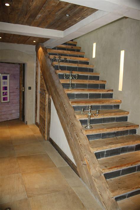 escalier droit et quart tournant vieux bois