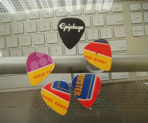 how to make your own credit card make your own guitar picks from gift or credit cards 4