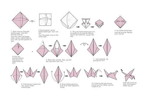 how to make a crane out of origami easy paper crane origami comot
