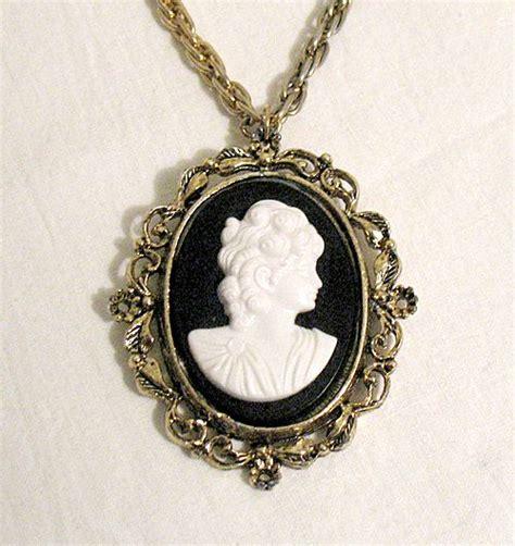 how to make cameo jewelry vintage cameo pendant