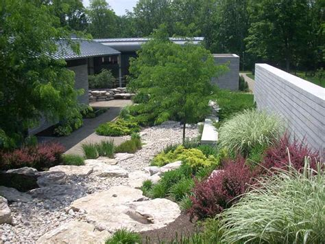 commercial landscape service commercial landscaping services grunder landscaping company