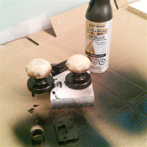 spray painting knobs spray paint a door knob a cheap easy update the diy