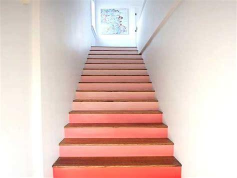 peinture d escalier pour decorer la cage d escalier
