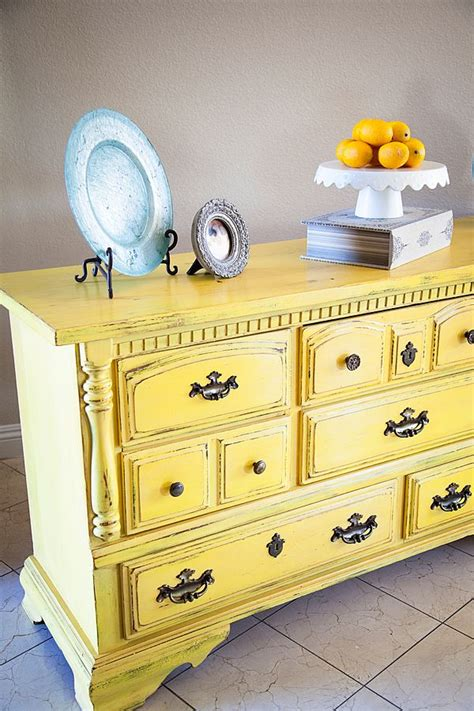 chalk paint in lowes 25 best ideas about yellow chalk paint on