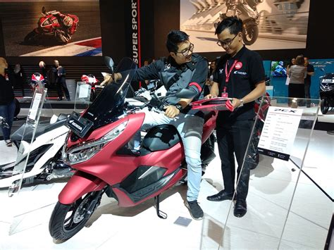 Pcx 2018 Surabaya by Imos 2018 Honda Pcx Dan Vario Dominasi Penjualan Motor