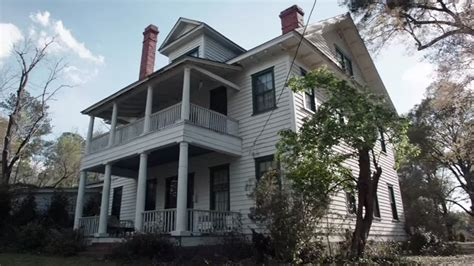 muse paint bar rhode island owners of the real house from the conjuring are suing