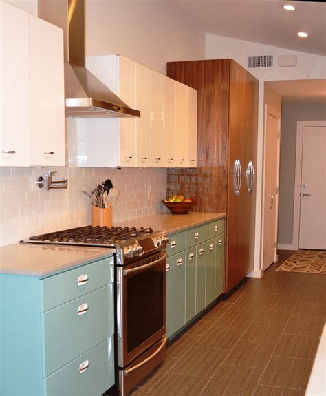 Kitchen Cabinets Making sam has a great experience with powder coating her vintage