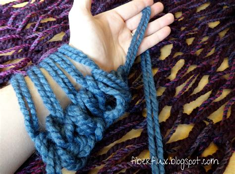 arm knit fiber flux all about arm knitting tutorial