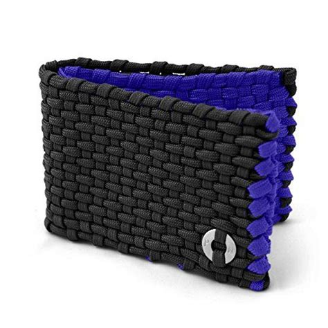 paracord craft projects how to make a paracord wallet be cool survival and