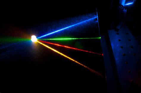laser lights the embedded step for laser diodes to