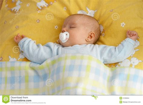 how baby in crib baby in crib stock images image 2183064
