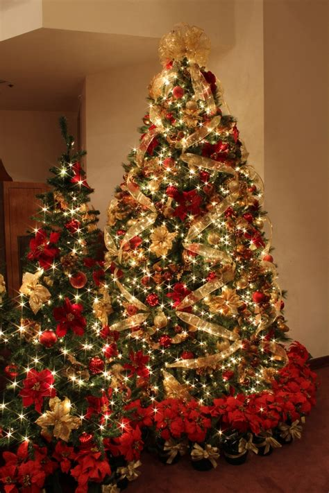traditional tree decorations 20 magnificent ideas for the traditional tree