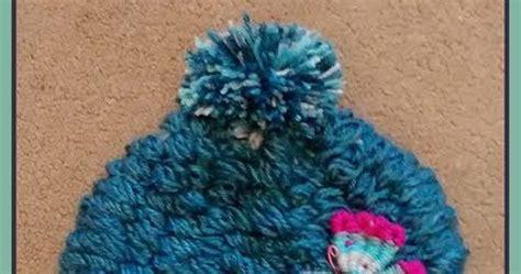 how to finger knit a hat easymeworld diy finger knit hat pattern
