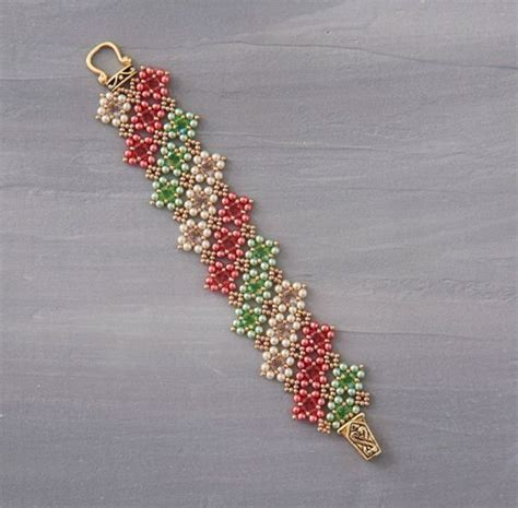 seed bead weaving patterns shape shift your beadwork with kassie shaw weaving