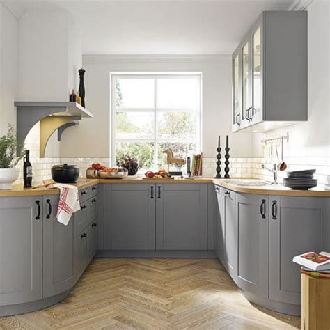 country kitchen ideas for small kitchens stunning find big questions for small country kitchens