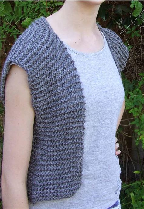knitting patterns for larger moonstone beginner vest pattern allfreeknitting