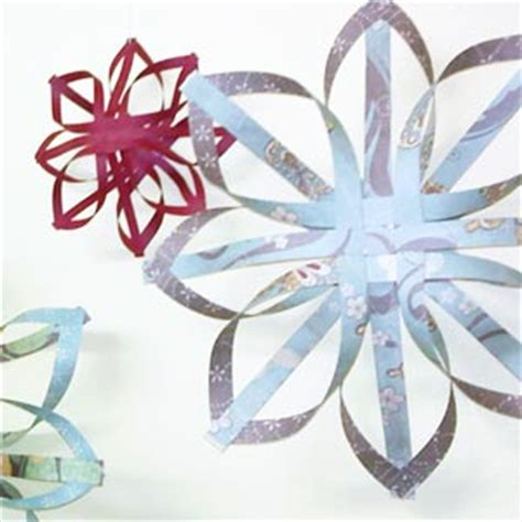 how to make paper ornaments for tree simple ornaments