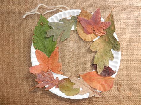 crafts with leaves for fall craft for make your own leaf wreath